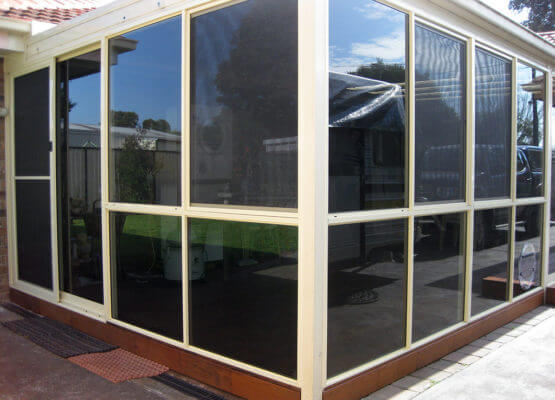 Alfresco Enclosure Transformed – Lyndbrook