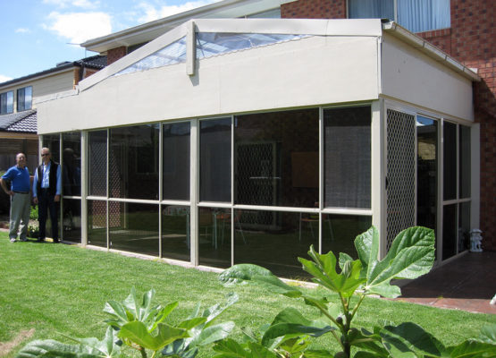 Alfresco Enclosure Transformed – Patterson Lakes